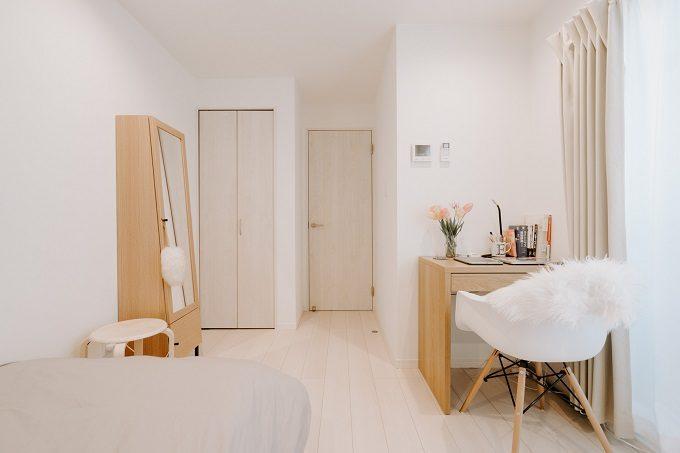 たった6畳でもゆったりとした空間は作れる。1K・ワンルームを広々と見せる部屋作りのコツ