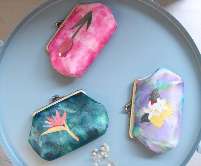 まるでお花を持ち歩くかのよう。「FIORAIA」のがま口ポーチでバッグの中を美しく整頓