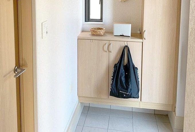 狭い玄関もスッキリ見せられる。収納達人が愛用する収納アイテム&活用術<6選>