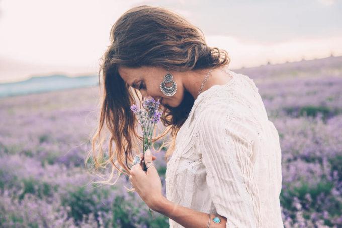 美しい人たちのライフスタイルから読み解く。美女を作るための20の習慣とは