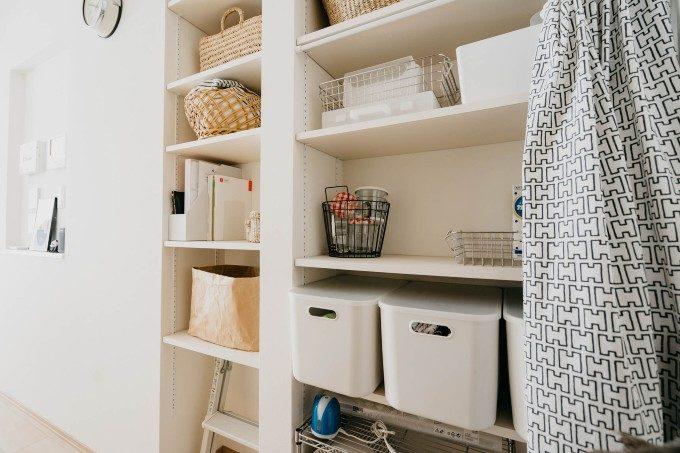 狭い部屋も広く感じる。溢れんばかりのモノがみるみる片づくスッキリ収納アイデア実例集