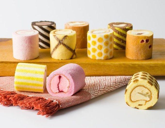 手土産にもおすすめ。並べるだけでカラフルにテーブルを彩る「irina」のミニロールケーキ