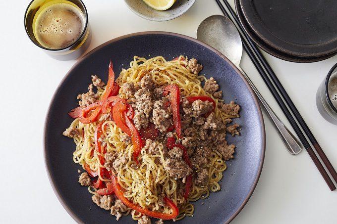 火をつけてから5分で完成!覚えておくと便利なアレンジ自在の簡単「麺レシピ」2選