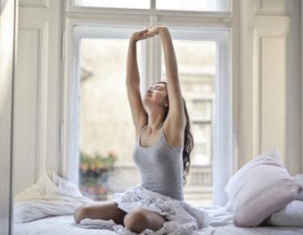「睡眠チェック」で自分の眠りを知ろう。薬剤師に聞くすっきり快眠のための生活習慣