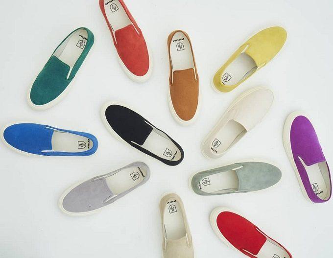 秋の足元、何色を選ぶ?シンプルかつ上品にまとまる「STANCLAN」のスリッポンコーデ