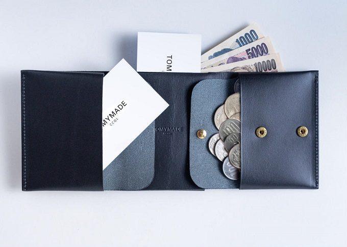 革の質感を楽しみたい。シンプルで上品な「TOMYMADE」のコンパクト財布