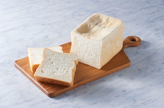 まだまだ進化が止まらない。ふわふわもっちりで香ばしい、朝から幸せになれる絶品食パン<5選>
