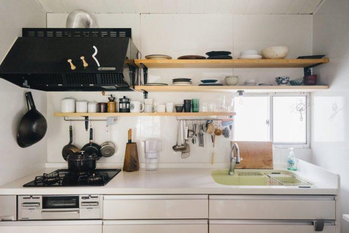 モノが多くてもすっきり片付く?シンプルキッチンをつくる5つの解決策
