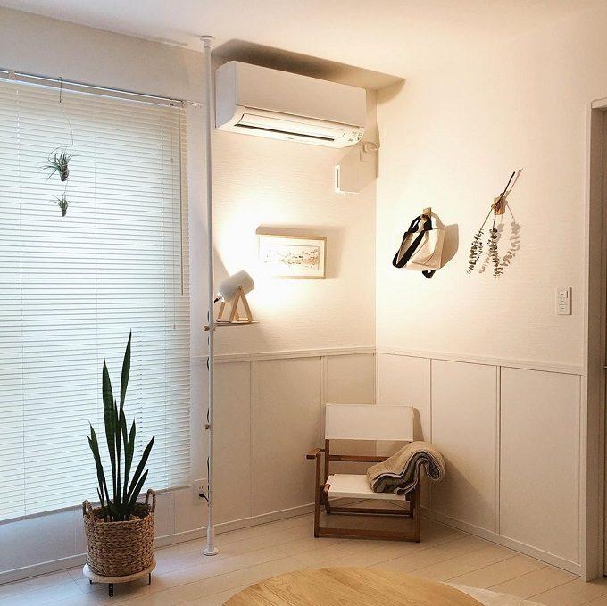 部屋の隙間を有効活用&おしゃれなインテリア作りにも。突っ張り棒の賢い使用法10選