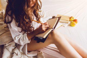 書くことがダイエット成功への近道。ジムトレーナー直伝の痩せる「筋トレログ」とは?