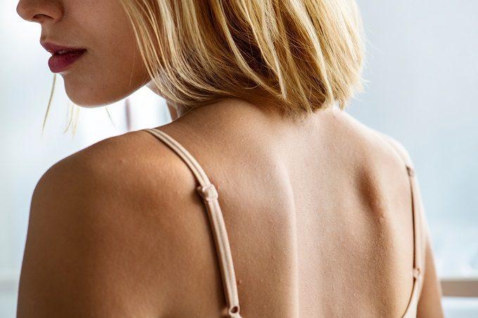 肩こりやダイエットに効果的。理学療法士に聞く「セルフ肩甲骨はがし」メソッド
