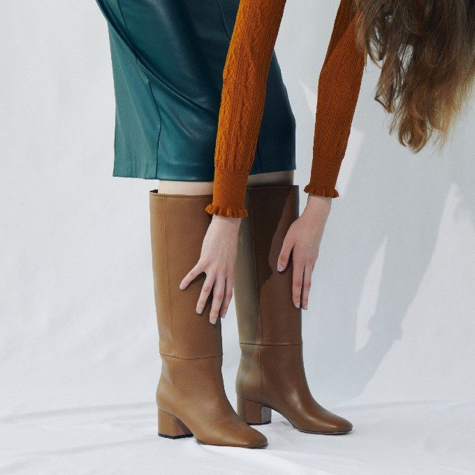 秋冬の足元はブーツで決まり。今年のトレンドとブーツコーデ特集
