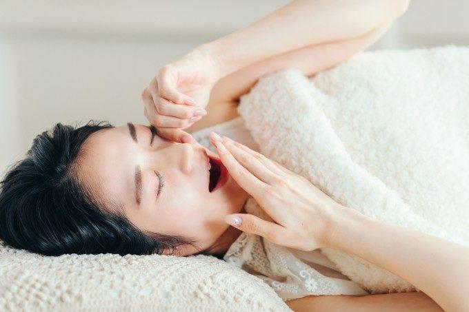 季節の変わり目には「眠活」を。すぐにでも実践できる隠れ不眠を解消する7つのアイデアとは